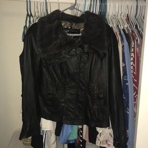 Guess leather/faux fur jacket